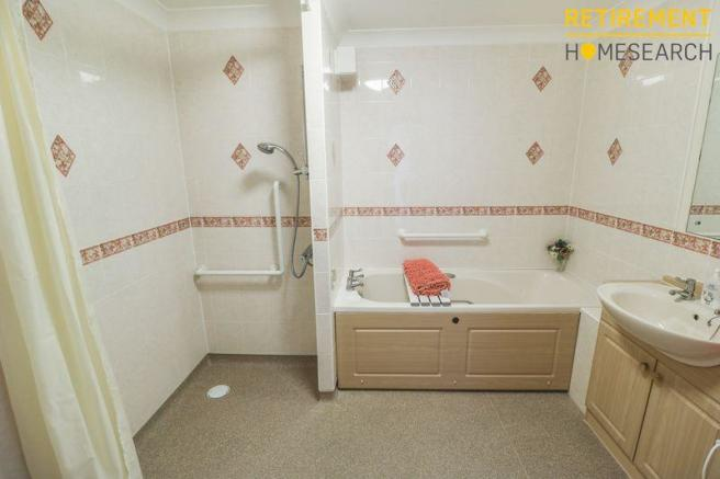 Wet Room/Bathroom