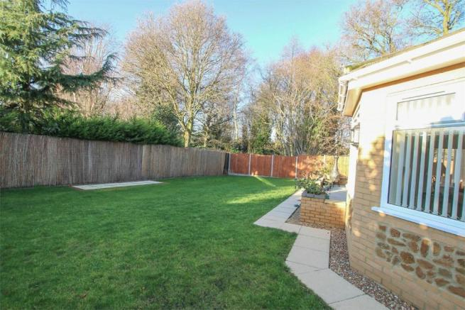 3 Bedroom Detached Bungalow For Sale In South Wootton Pe30