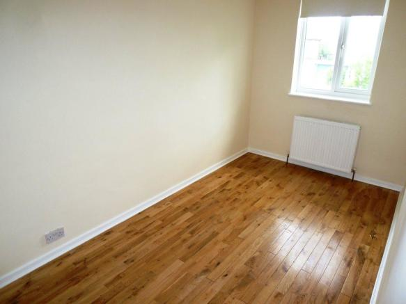 London Road, 2nd bed