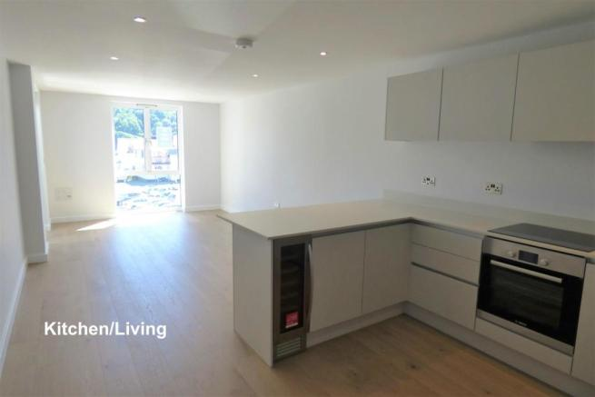 Kitchen Living 12.jpg