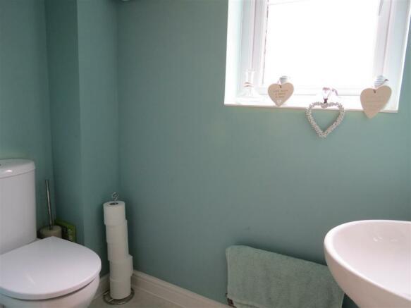 Cloakroom/WC: