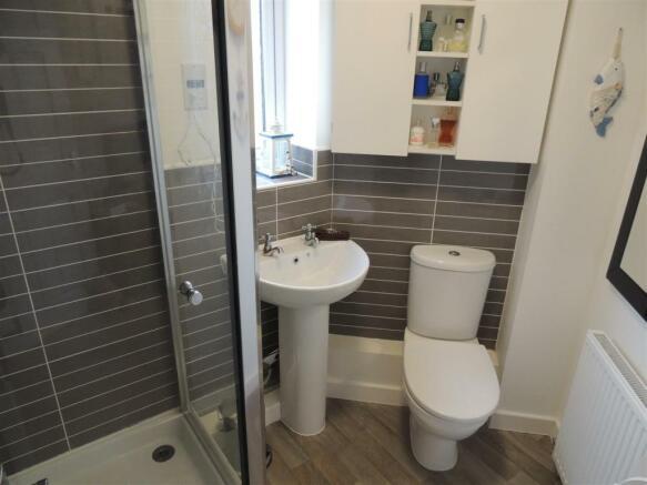 Shower En-Suite: