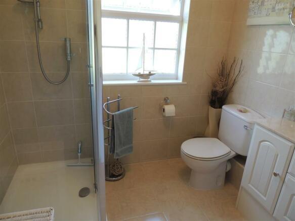 Shower Room En Suite: