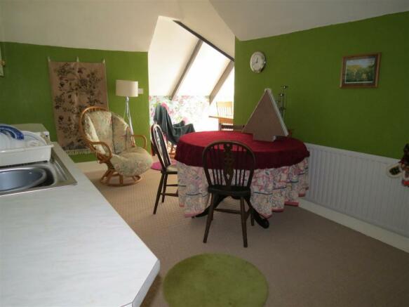 Open Plan Kitchen/Lounge/Diner/Bedroom 6
