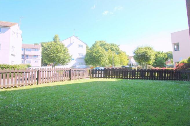 Communal Gardens/Grounds