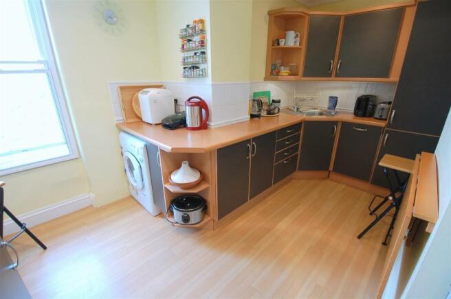 Kitchen 1 B.jpg
