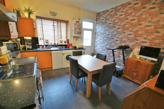 2 bedroom terraced house for sale in Dill Hall Lane, Church