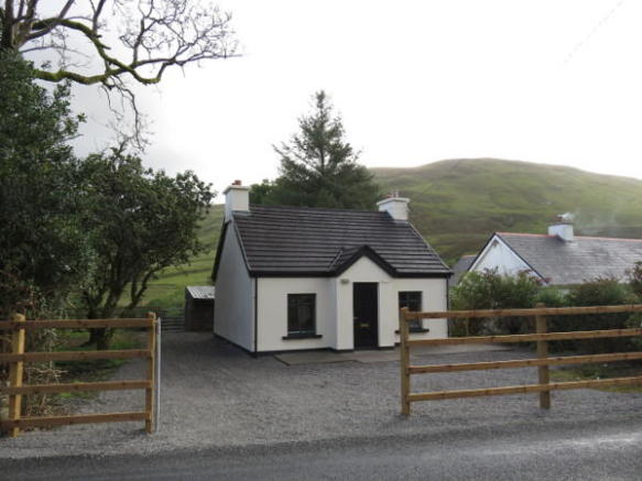 Fabulous 3 Bedroom Cottage For Sale In Leenane Galway Ireland Interior Design Ideas Philsoteloinfo