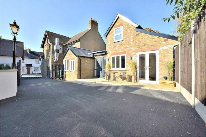 2 bedroom detached house for sale in old bakery hunton bridge rh rightmove co uk