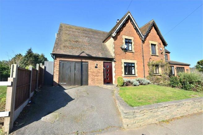 3 bedroom semi detached house for sale in bedmond road abbots rh rightmove co uk