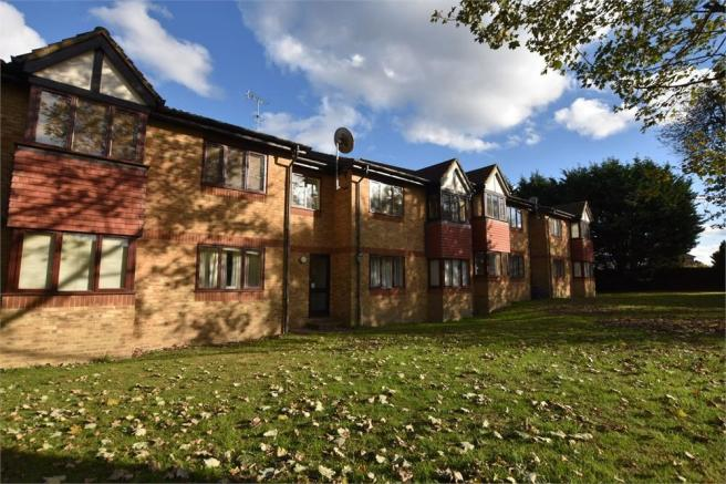 1 bedroom flat for sale in the hideaway college road abbots rh rightmove co uk