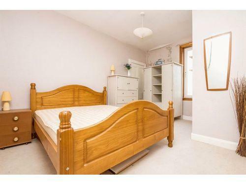 Master Bedroom Photo1.jpg