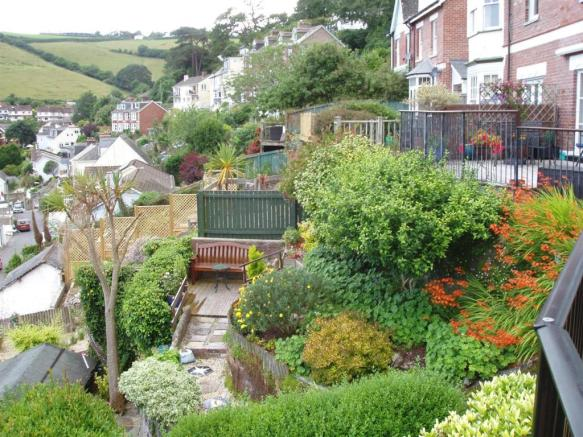 garden view 1. 25-07-16.JPG