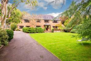 Photo of Lambridge Wood Road, Henley-On-Thames, Oxfordshire, RG9