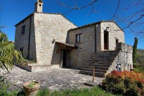Photo of Castiglione Messer Raimondo, Teramo, Abruzzo