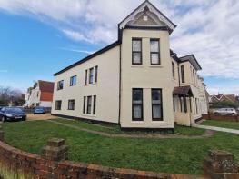 Photo of Great 3 Bedroom Maisonette Available Now - 10 Gordon Road, Bournemouth