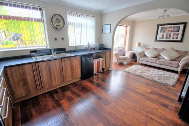 Open Plan Kitchen / Dining Room