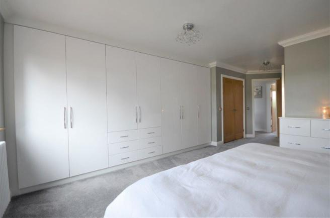 * FITTED WARDROBES