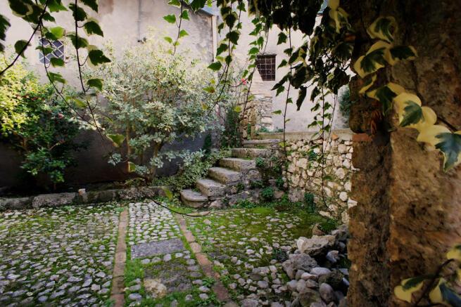 Internal courtyards