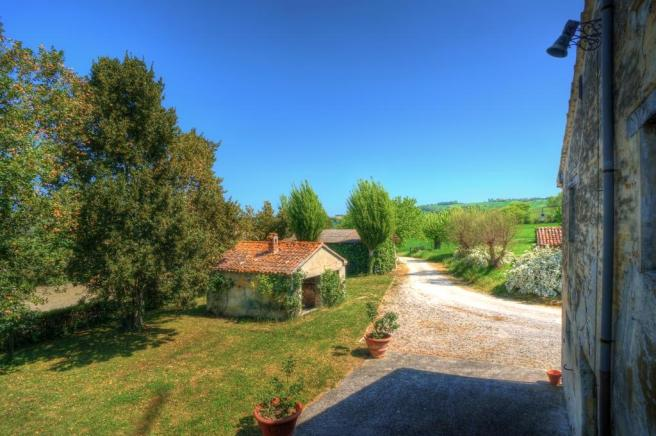 8 Bedroom Country House For Sale In Jesi Ancona Le