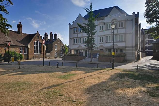 Walpole Court
