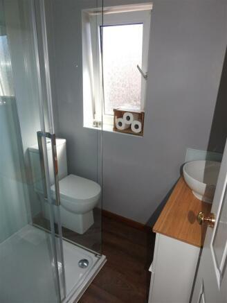 Shower Room WC