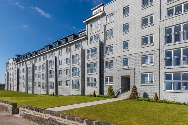 Royal Cornhill Apartments