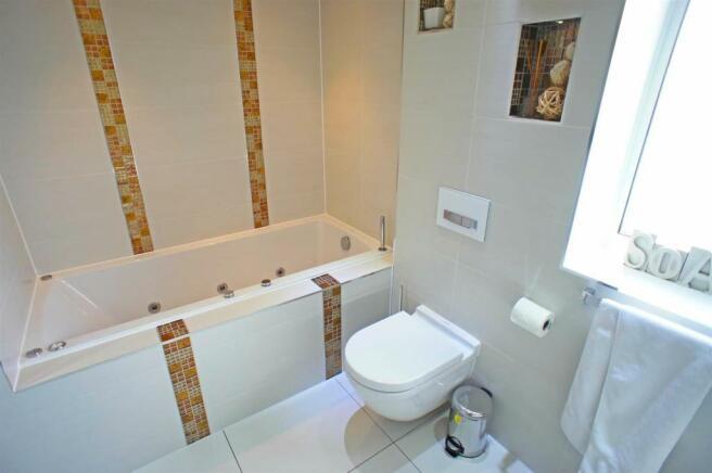 theridgewaybathroom1.jpg