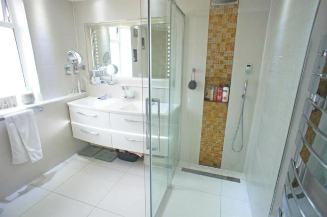 theridgewaybathroom2.jpg
