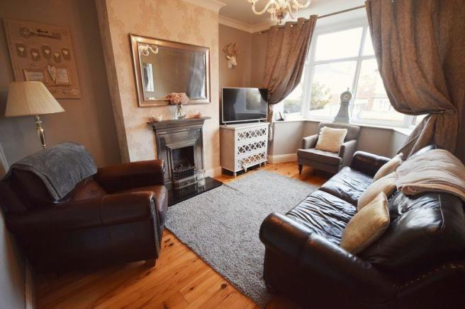 3 bedroom semi detached house for sale in kingston avenue sneyd