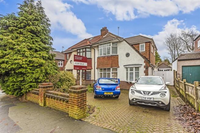 house-greenhayes-avenue-banstead-103.jpg