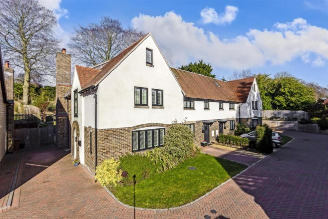 house-dacre-close-chipstead-coulsdon-104.jpg