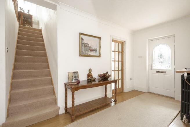 House-tangier-way-Burgh-heath-110.jpg