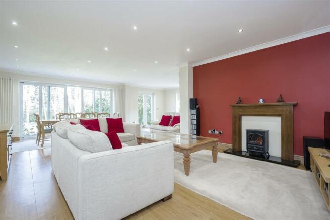 House-tangier-way-Burgh-heath-114.jpg