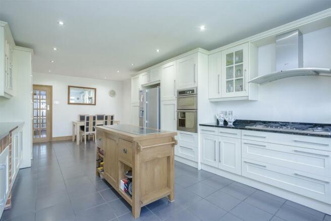 House-tangier-way-Burgh-heath-117.jpg