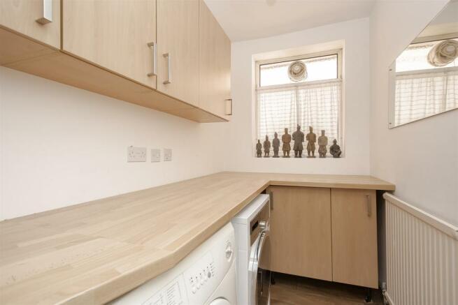 House-tangier-way-Burgh-heath-113.jpg