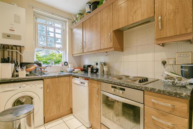 flat-holmewood-house-brighton-road-banstead-107.jp