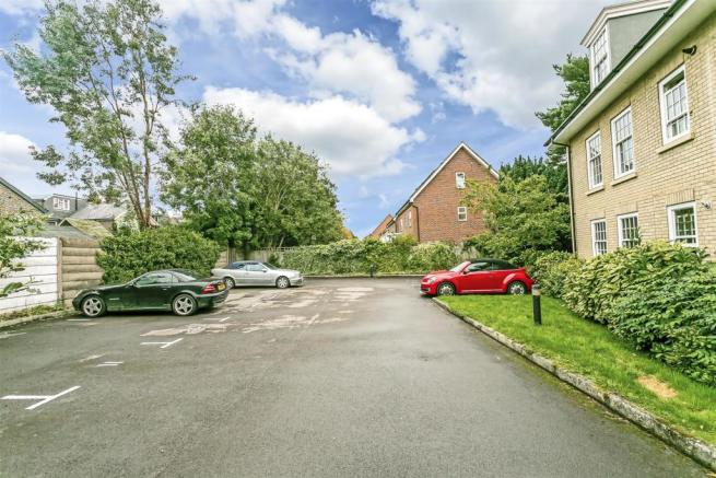 flat-holmewood-house-brighton-road-banstead-103.jp
