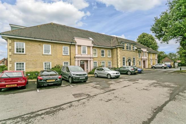 flat-holmewood-house-brighton-road-banstead-101.jp