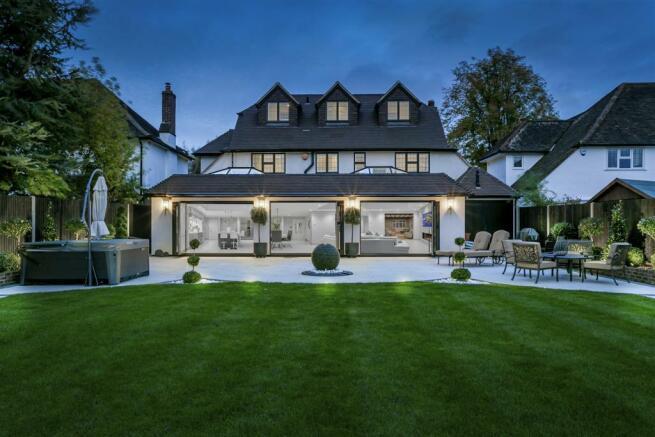 house-longcroft-avenue-banstead-150.jpg