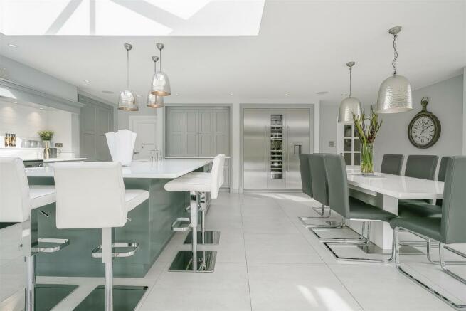house-longcroft-avenue-banstead-123.jpg