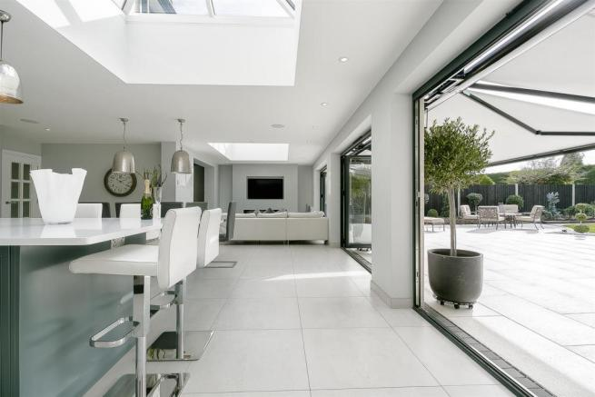 house-longcroft-avenue-banstead-132.jpg