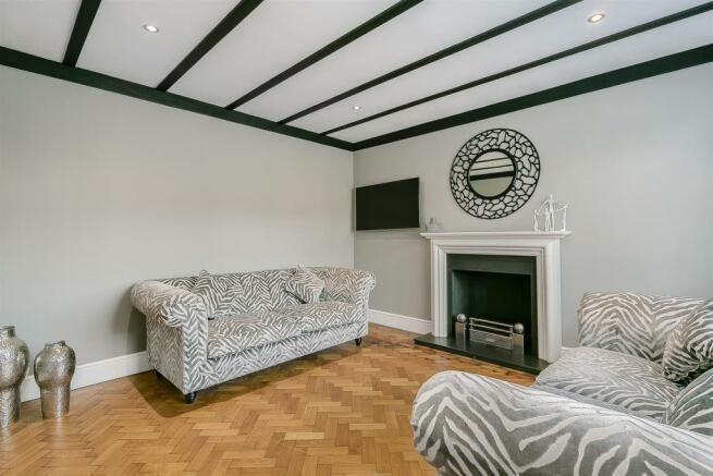 house-longcroft-avenue-banstead-127.jpg