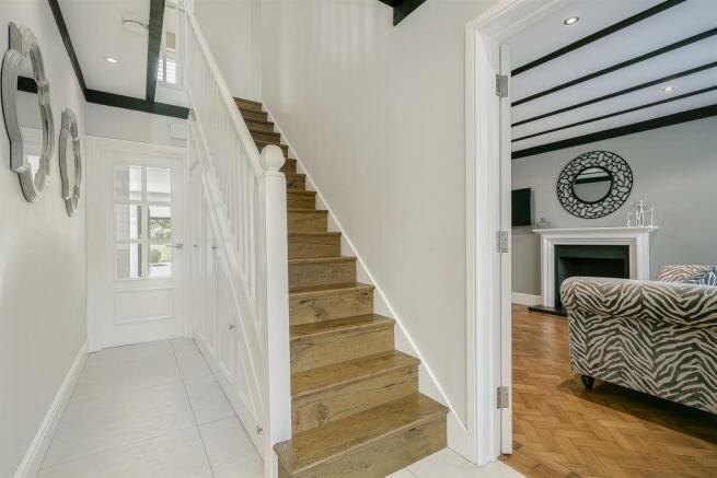 house-longcroft-avenue-banstead-130.jpg