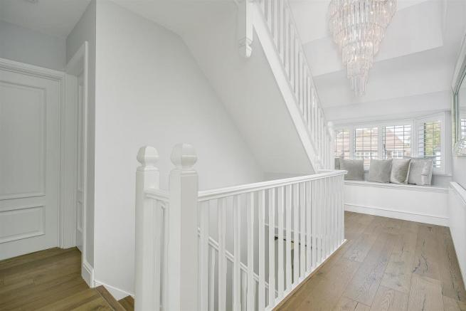 house-longcroft-avenue-banstead-137.jpg