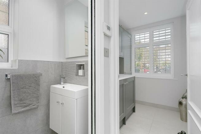 house-longcroft-avenue-banstead-147.jpg