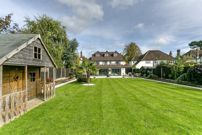 house-longcroft-avenue-banstead-112.jpg