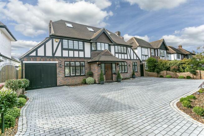 house-longcroft-avenue-banstead-104.jpg