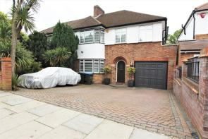 Photo of Chaseville Park Road, Winchmore Hill, N21