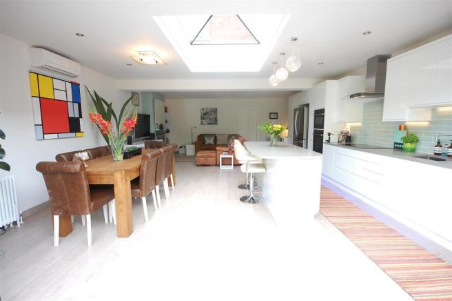 Refitted Kitchen/diner/living room